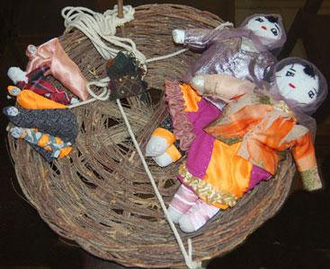 Toochan, Moochan and Lobatak, gifts from Zabol