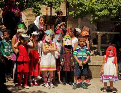 با شاهنامه در موزه تاریخ فرهنگ کودکی