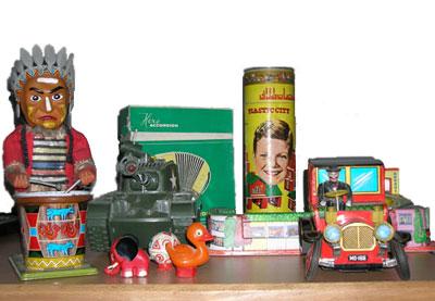 """چندین کارتون اسباب بازی قدیمی به موزه """"آینده"""" کودکان تقدیم شد!"""