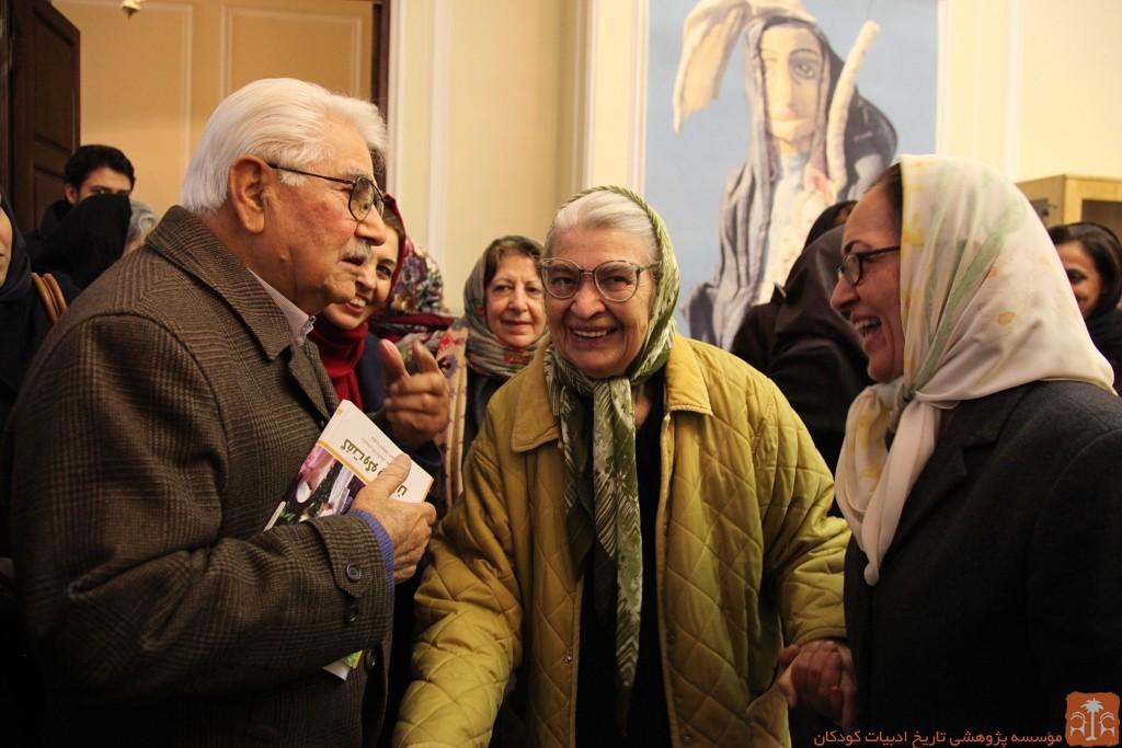 توران میرهادی و یحیی مافی در نمایشگاه موزه تاریخ فرهنگ کودکی